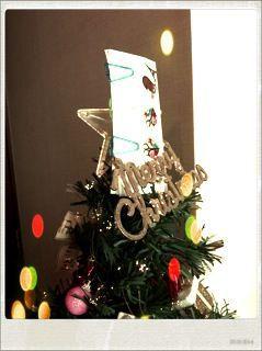 クリスマス仕様の貴婦人リボンスリーピン*_a0139874_21235032.jpg