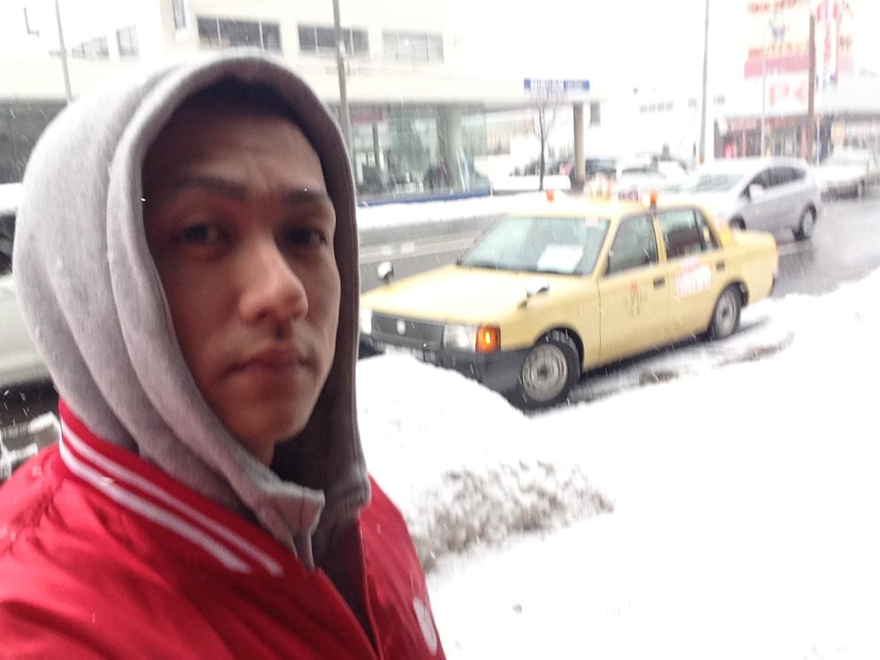 札幌トヨタさんにプリウス引取りにきました。_b0127002_99248.jpg