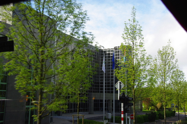 ルクセンブルクの旅 (2) ルクセンブルクの新市街_c0011649_23543728.jpg