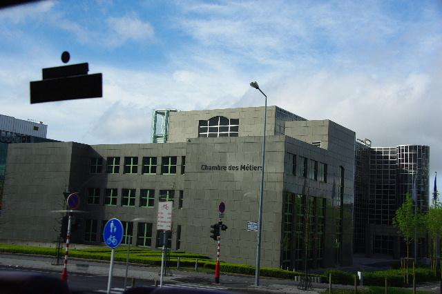 ルクセンブルクの旅 (2) ルクセンブルクの新市街_c0011649_23561874.jpg