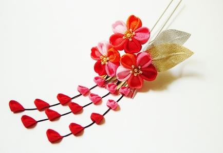 大きいつまみ細工≪五色桜のかんざし≫_c0122475_16321139.jpg