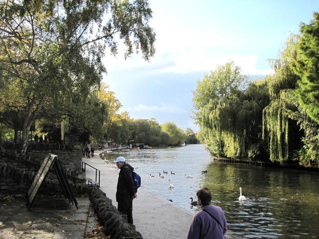 5日目-4 テムズ川の舟遊び@ウィンザー_f0100593_1553354.jpg
