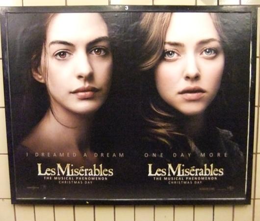 ニューヨークの地下鉄で見かけた強烈な「目ぢから」のポスター_b0007805_23431332.jpg