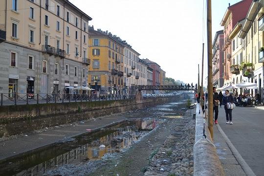 11月2日(金曜日) イタリア2日目 -ミラノ-_a0036513_4341439.jpg