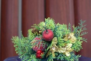 おしゃれな床屋のクリスマスの飾りつけ_e0145332_1519463.jpg