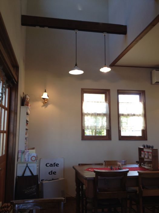 カフェドゥサシェ(cafe de sachet)_e0292546_22435199.jpg