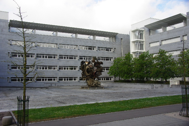 ルクセンブルクの旅 (2) ルクセンブルクの新市街_c0011649_005917.jpg