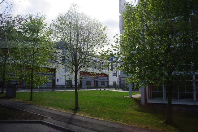 ルクセンブルクの旅 (2) ルクセンブルクの新市街_c0011649_04884.jpg