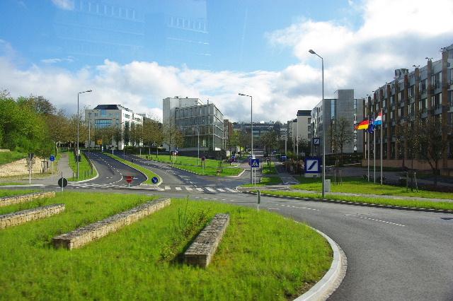 ルクセンブルクの旅 (2) ルクセンブルクの新市街_c0011649_075024.jpg