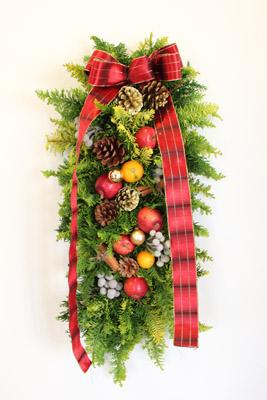 クリスマスアレンジが終わって・・・。_f0185066_2262132.jpg