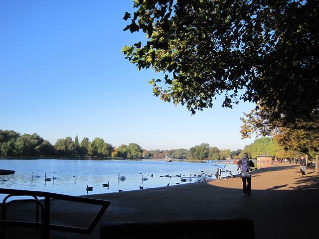 6日目-1 朝のハイドパーク散歩、出会った人は・・・_f0100593_10345754.jpg