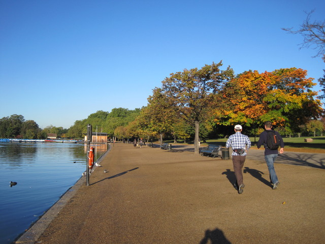 6日目-1 朝のハイドパーク散歩、出会った人は・・・_f0100593_103637.jpg