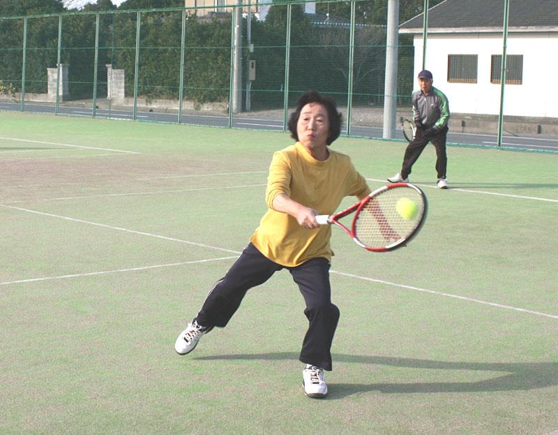 山武郡市シニアテニスクラブの忘年合宿_b0114798_937411.jpg