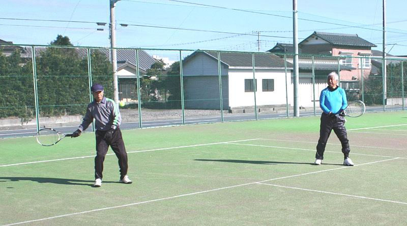 山武郡市シニアテニスクラブの忘年合宿_b0114798_9414960.jpg