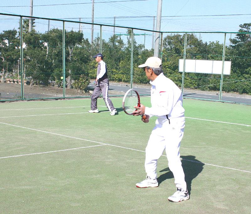 山武郡市シニアテニスクラブの忘年合宿_b0114798_9421442.jpg