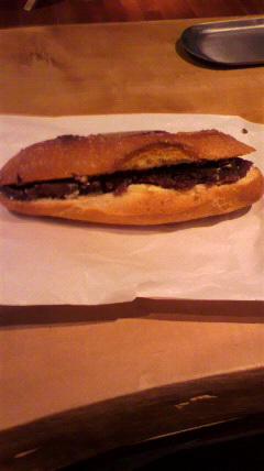 フランスパン好きね。_d0096499_15204157.jpg