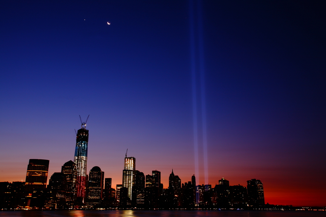 Tribute in Light 2012_a0274805_23314551.jpg