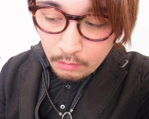 DJUAL アイウェアオブザイヤー メンズ部門受賞作品  と 渋谷のお気に入り(二見)_a0150916_9251835.jpg