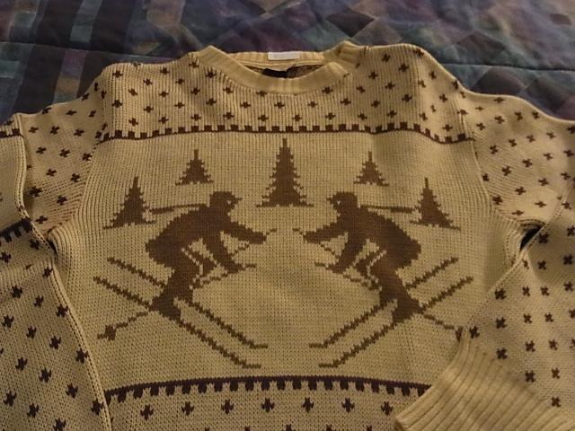 100%virgin wool セーターなど_c0144020_1111139.jpg