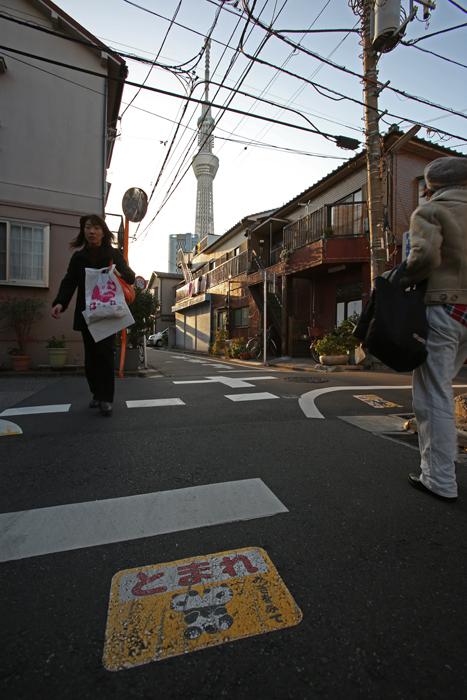 【NEX-7】 標準レンズの選択  スカイツリー・押上〜京島 実写編_c0035245_1422295.jpg