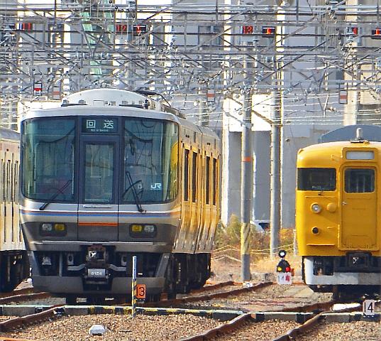 広島運転所に223系回着_a0251146_2116860.jpg