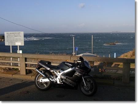 舞うごつ風が強かったばい。で、クラッチワイヤー交換。_c0147448_1650715.jpg