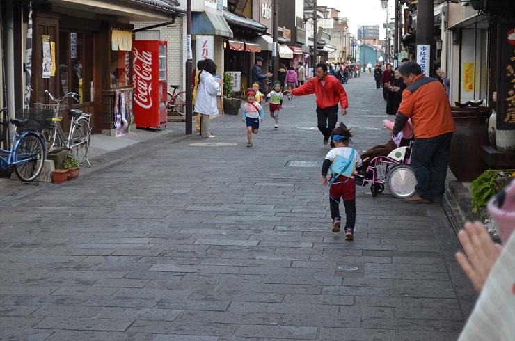 マラソン大会 in 八町大路商店街_d0230676_1231159.jpg