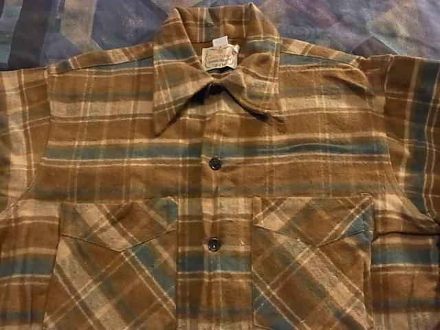 アメリカ仕入れ情報#42 40\'S~E&W ヘビーネルシャツ!_c0144020_123256100.jpg