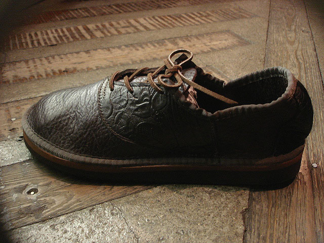 "NEW : THE SANDALMAN ""BULLHIDE SADDLE SHOES\"" !!_a0132147_23151475.jpg"