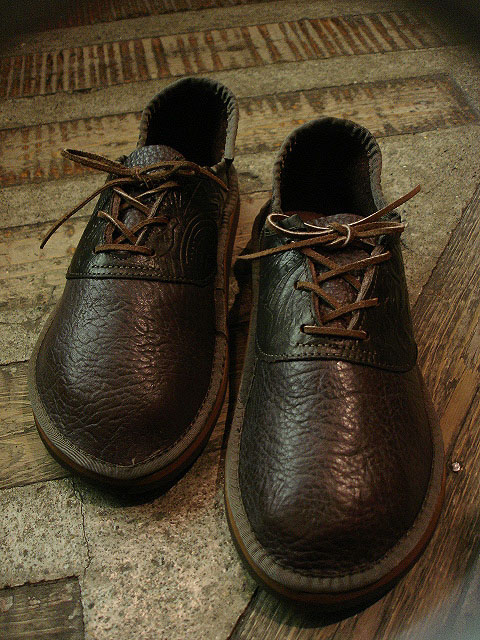 "NEW : THE SANDALMAN ""BULLHIDE SADDLE SHOES\"" !!_a0132147_23154745.jpg"