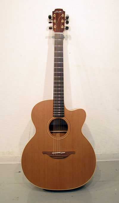 George Lowden Guitars_c0246352_2264050.jpg