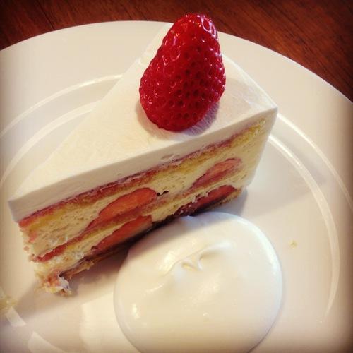 irodoriさんのケーキ販売。_e0060555_23511814.jpg