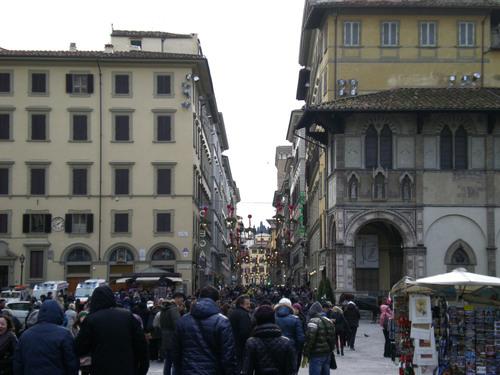 イタリア人にとってクリスマスプレゼント選びは一大行事!!_c0179785_20104157.jpg