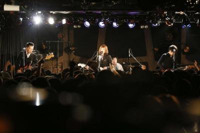 12/9 ライブ写真_a0136102_1327846.jpg