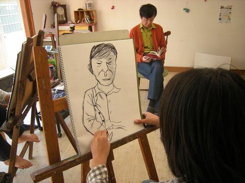 12月の「人物画デッサン」、大変盛り上がってます!!!_c0131063_023274.jpg