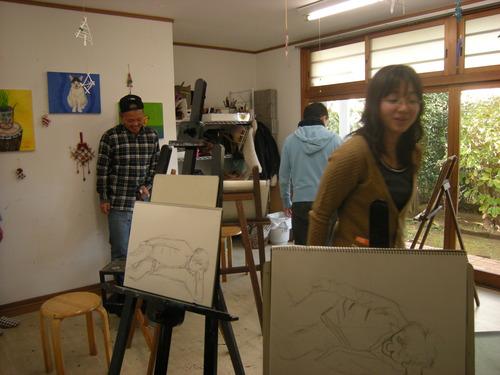 12月の「人物画デッサン」、大変盛り上がってます!!!_c0131063_0472345.jpg