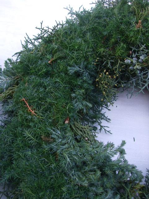 オークリーフ(クリスマスのオーダーリース)_f0049672_1618011.jpg