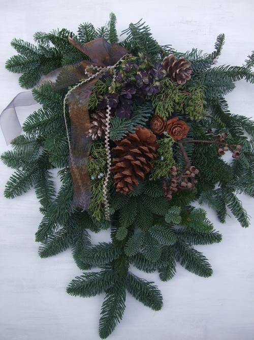 オークリーフ(クリスマスのオーダーリース)_f0049672_16235442.jpg