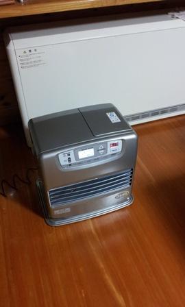 蓄熱式暖房機 故障!_a0128408_18293086.jpg