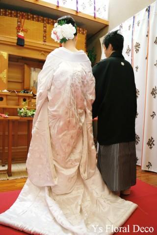 和装に合わせるヘッドドレス 白いシャクヤクをたっぷりと_b0113510_16321342.jpg