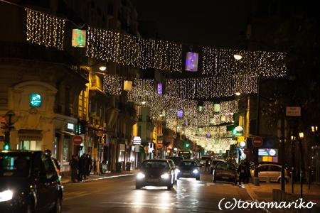 パリの街角イルミネーション_c0024345_4481778.jpg