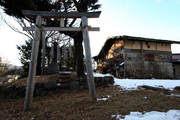 【Nagano Snapshot】 原村1 混沌こそ我が墓碑銘_c0035245_3214250.jpg