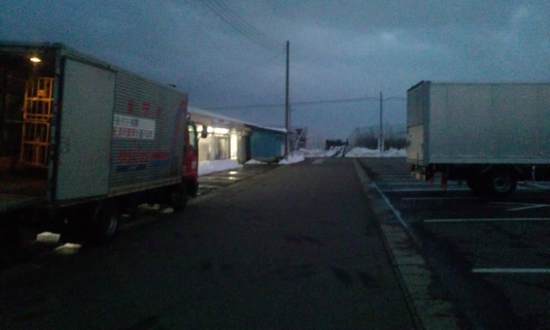 トラック二台満車に積まれます。_a0232051_19454489.jpg