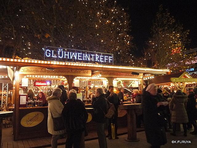 ベルリン その1 到着の夜 クリスマスマーケットへ♪_a0092659_0365639.jpg