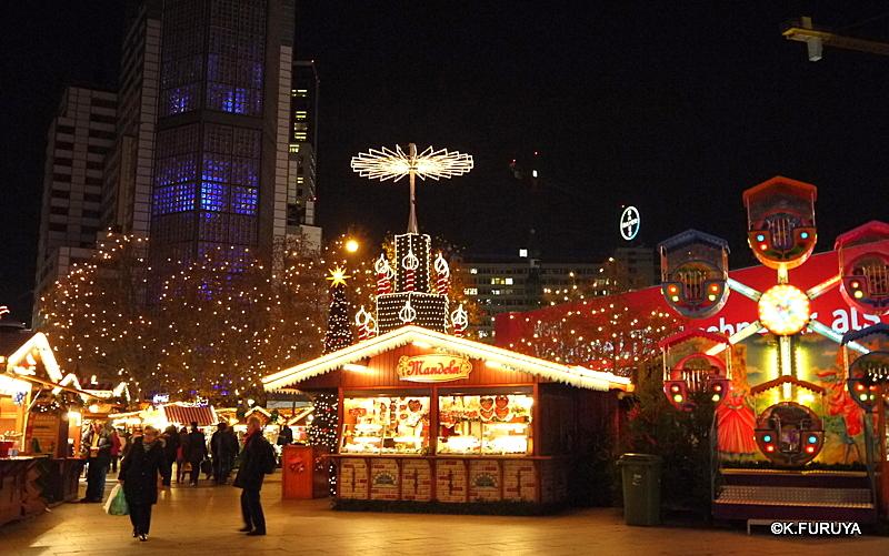 ベルリン その1 到着の夜 クリスマスマーケットへ♪_a0092659_037385.jpg