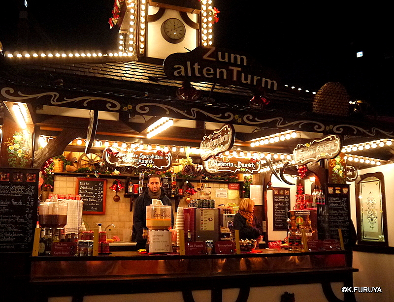 ベルリン その1 到着の夜 クリスマスマーケットへ♪_a0092659_050647.jpg