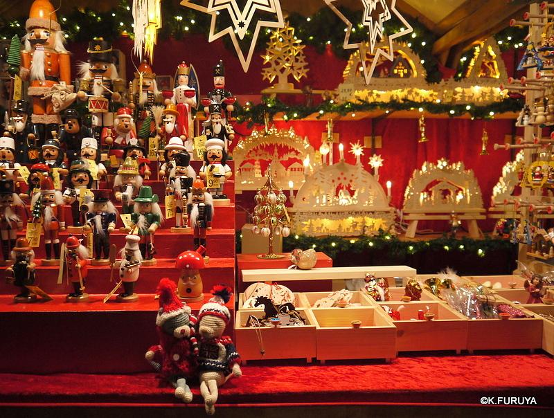 ベルリン その1 到着の夜 クリスマスマーケットへ♪_a0092659_1402461.jpg