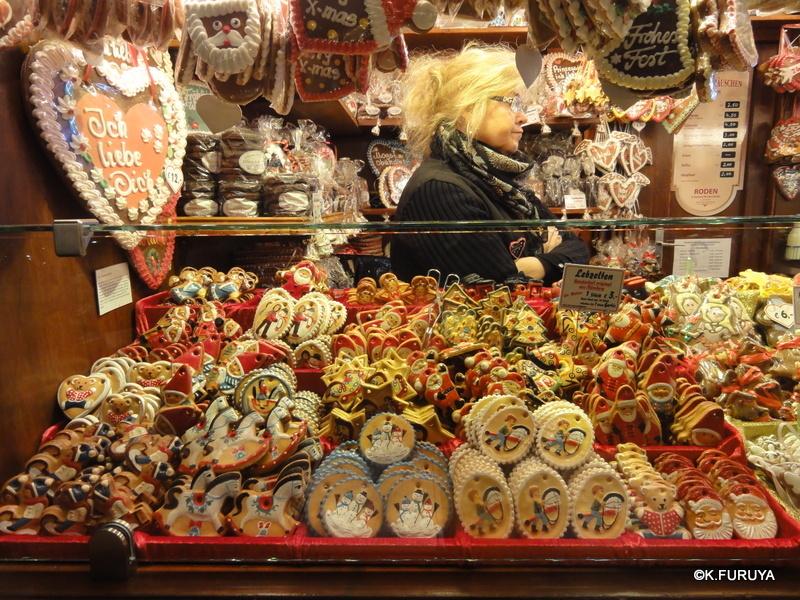 ベルリン その1 到着の夜 クリスマスマーケットへ♪_a0092659_1564351.jpg