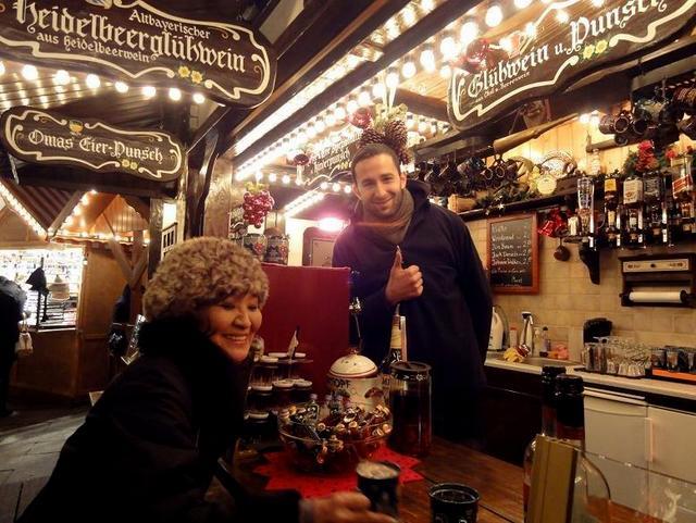 ベルリン その1 到着の夜 クリスマスマーケットへ♪_a0092659_17444641.jpg