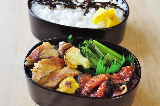鶏のソテー弁当_b0171098_7486.jpg